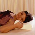 slapen met orthopedisch hoofdkussen